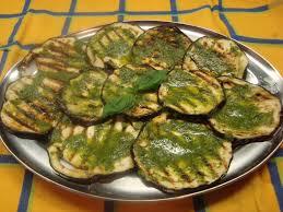 zucchine grigliate in salsa verde