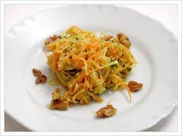 insalata di carote e noci
